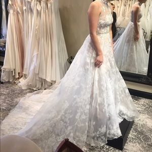 Romona Keveza wedding gown - new with tags